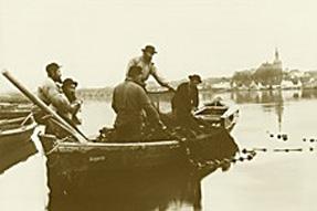 um 1900 Wadenfischer auf der Schlei